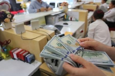 """Tỷ giá USD/VND liên ngân hàng xuyên thủng """"ngưỡng chặn"""""""